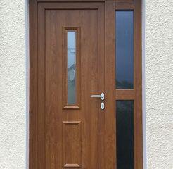Porte d'entrée PVC : porte contemporaine et classique PVC Monsieur store - Choisir  sa porte d'entrée en PVC, oui, mais pas n'importe lequel.