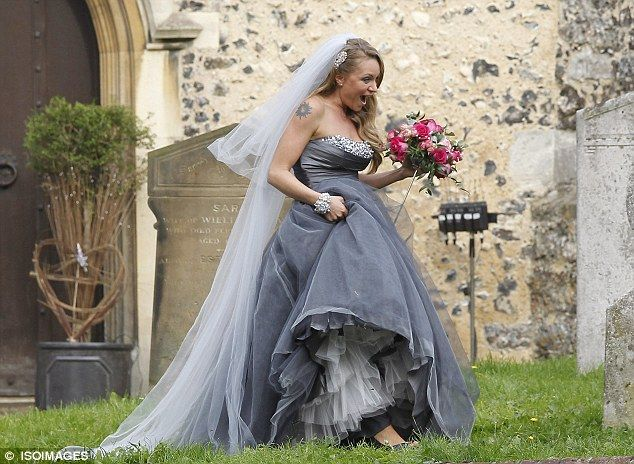 Roxy wedding dress and stunning jewellery