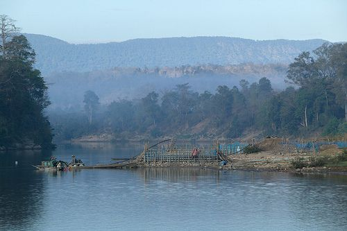 http://www.vacances-en-asie.com/  Sekong River, Sekong, Laos