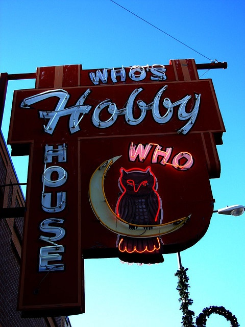 Who's Hobby House, located in Downtown #RapidCity #SD was founded in 1950 by William H. Osterburg. The sign was created created in1951 and is in the National Registry of Historic Signs!  @Visit Rapid City