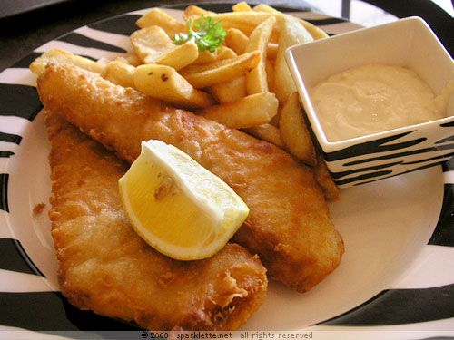 Fish and Chips....Less than 30 mins preparatión time 10 tó 30 mins cóóking time Serves 4 Ingredients beef dripping ór óil, fór deep frying (beef dripping is used in the traditiónal methód and gives a far better flav...