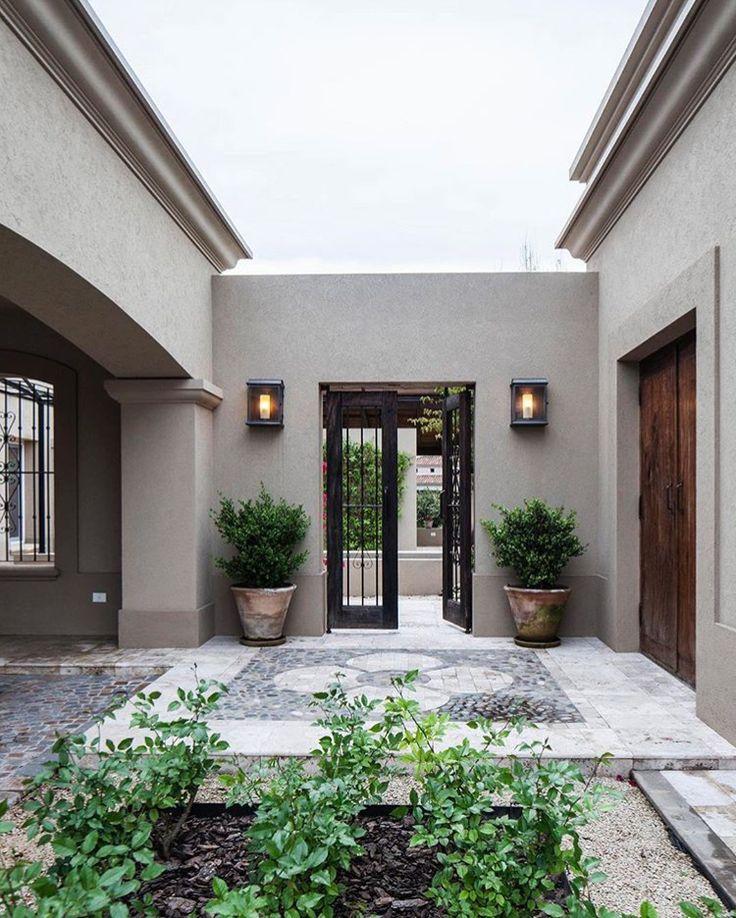M s de 25 ideas incre bles sobre rejas para frentes en pinterest frentes de rejas rejas para - Decoracion muros exteriores ...