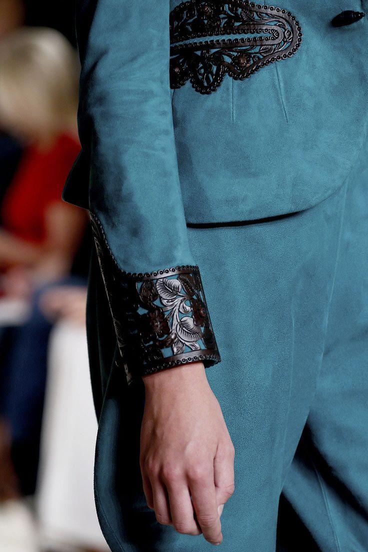 手机壳定制purse manufacturers usa Ralph Lauren Spring   Ready to Wear Collection Photos  Vogue