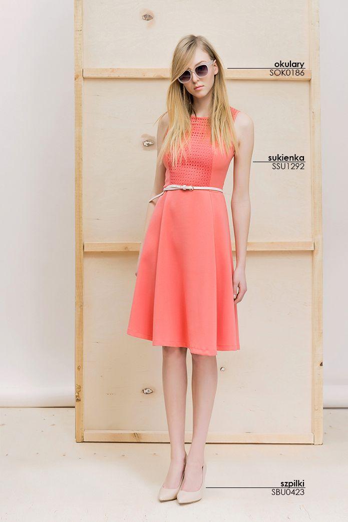 Rozkloszowana #sukienka z paskiem