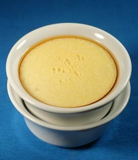 Recette Semoule au lait et vanille | Dès 6 mois - Envie de bien manger. Plus de recettes pour bébé sur www.enviedebienmanger.fr/idees-recettes/recettes-pour-bebe