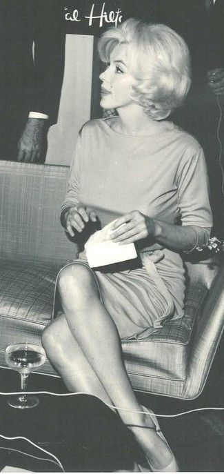 Marilyn at a press conference at the Continental Hilton Hotel in Mexico City, February 22nd 1962.