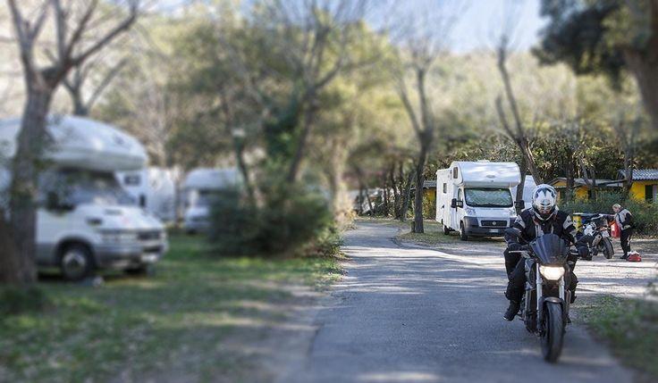 Spesso i nostri ospiti, pur viaggiando in Camper o roulotte, sono attrezzati per muoversi agilmente e visitare lo splendido territorio della provincia di Napoli in autonomia.Come questi amici tedeschi con le loro belle moto.Buona passeggiata, alla scoperta dei Campi Flegrei!-------------------------------------Often our guests, while travelling in campers or trailers, are well equipped to move easily and visit the beautiful area of the province of Naples independently.Just like thes...