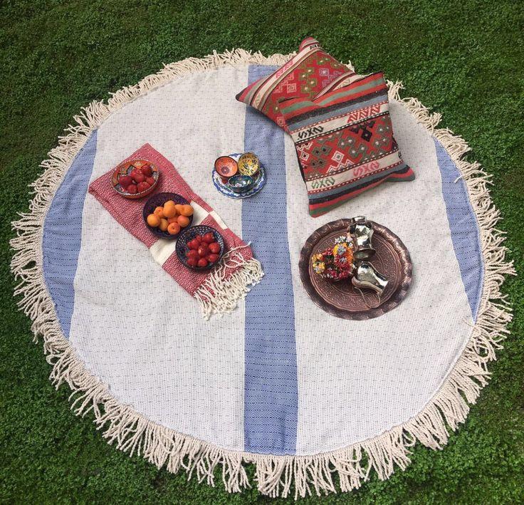 ROUND TURKISH PESHTEMAL TOWEL / THROW