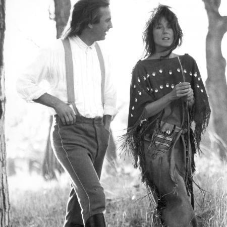 Mary McDonnell dance with wolve | Go Back > Gallery For > Mary Mcdonnell Dances With Wolves