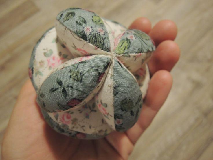 osem rúk doma: Montessori puzzle loptička - tutoriál