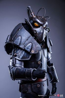 Cosplayer: Tentacle Creations Photographer: MLC Foto Character: Enclave Power Armor From: Fallout Country: Poland