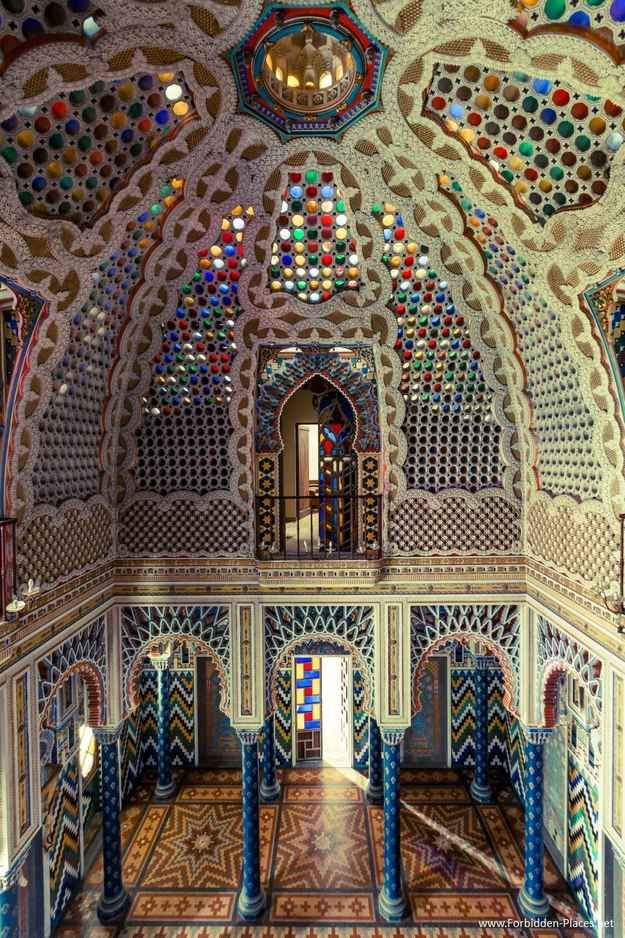 Castello di Sammezzano - I need to find this on my next trip to Italy. Hopefully it's accessible.   15 Extraordinary Pictures Of Abandoned Buildings