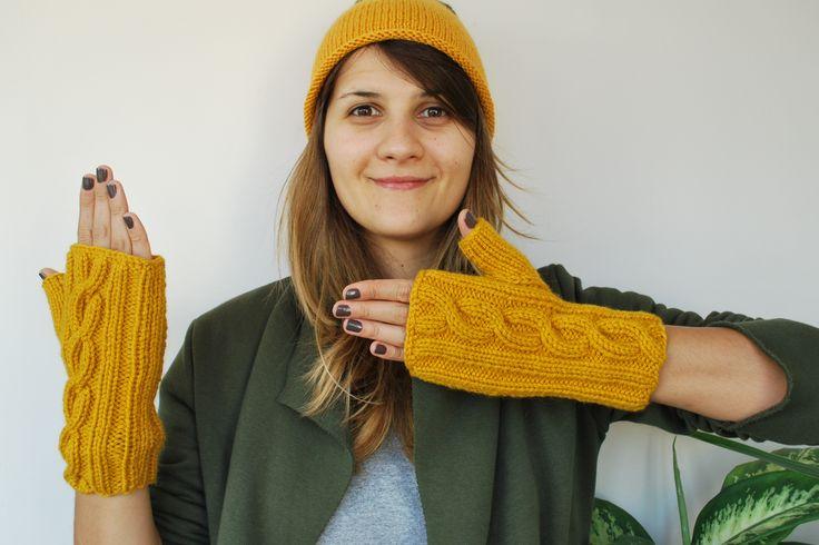 Tatlı Güneşim Sarı Eldiven/ My Sweet Warm Sun Glove http://www.opuspocusbutik.com/urun/tatli-gunesim-sari-eldiven/288303