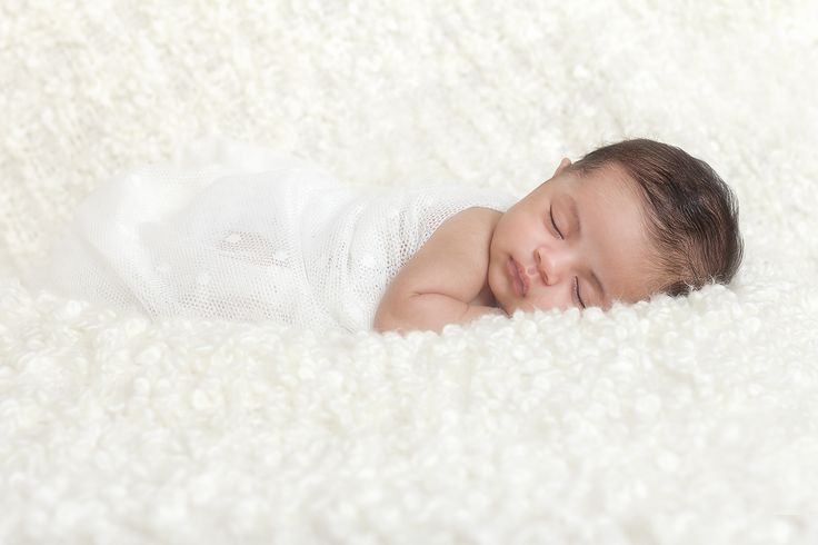 Lolo Newborn