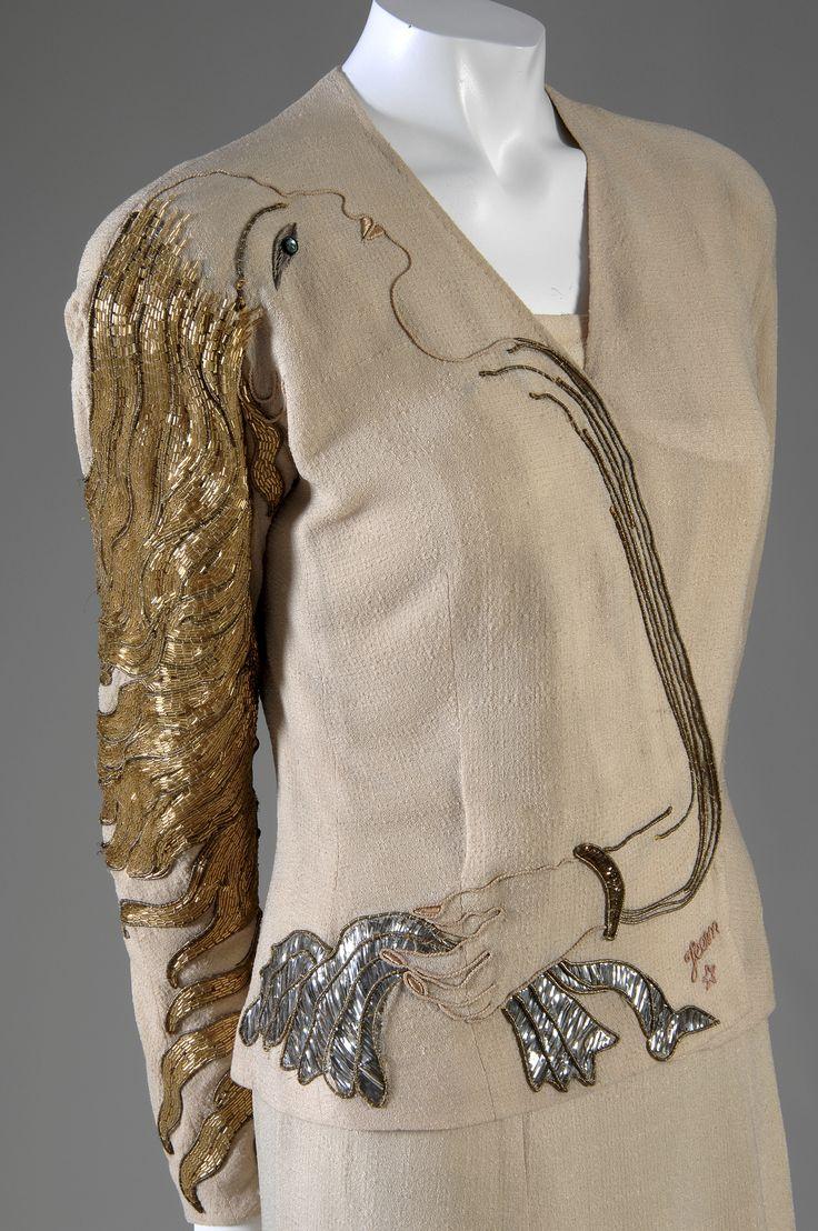 Elsa Schiaparelli, Chaqueta de noche Cocteau, invierno 1937, bordada por la casa Lesage #FashionLover