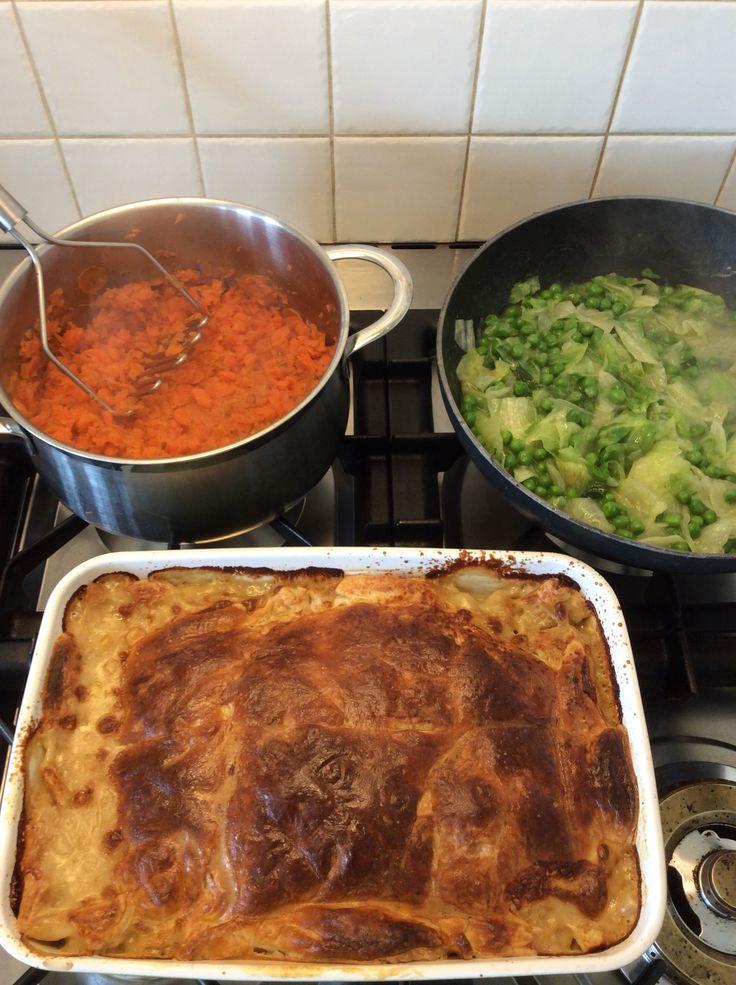 Kippastei, Franse erwtjes met gebakken sla en wortelen. Jamie Oliver 30 minutes recept... Oké toegegeven voor mij in een uur