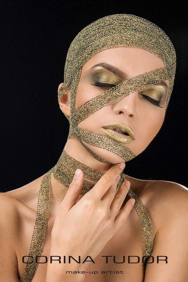 Creative look for my portofolio! Make-up: Corina Tudor  Model: Bianca Micu  Photo: Bogdan Teodorov  Assistant: Andra Teodorov