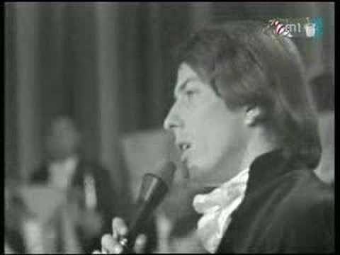 Zorán Sztevanovity - Fehér sziklák - YouTube