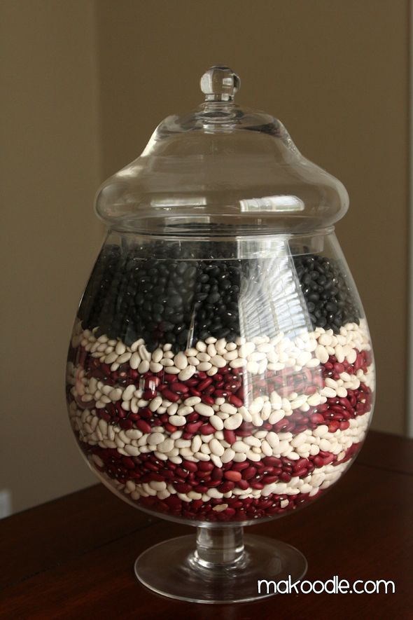 4th of July Decor: Ideas, Black Beans, Kidney Beans, Living Room, 4Th Of July, July 4Th, July Decor, Northern Beans, Apothecaries Jars