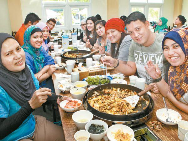 Halal Street Food In Seoul South Korea