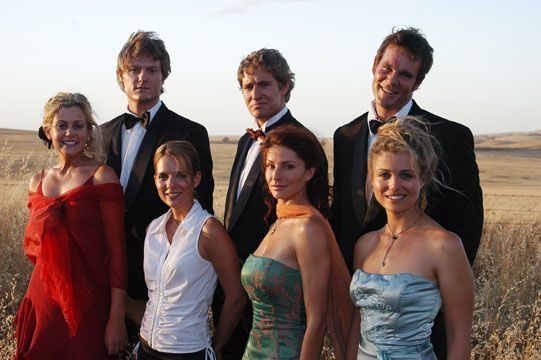 Cast of Mcleods Daughters