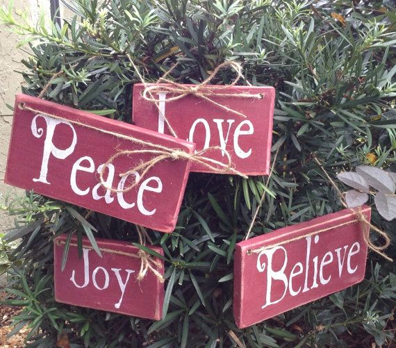 Christmas Ornaments Pallet signs Christmas by RescuedandRepurposed, $20.00