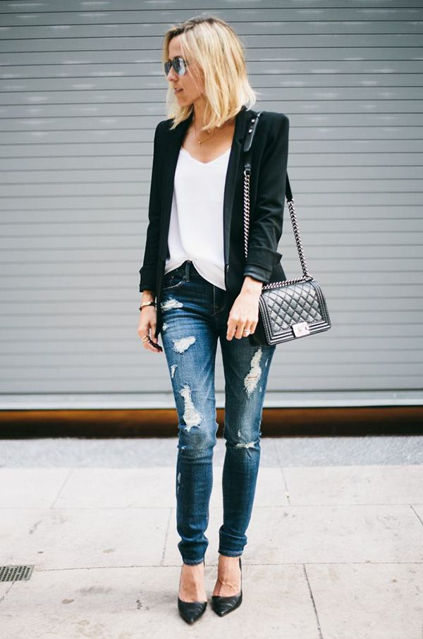 Stylish Combo: Blazer + Jeans                                                                                                                                                                                 Mais