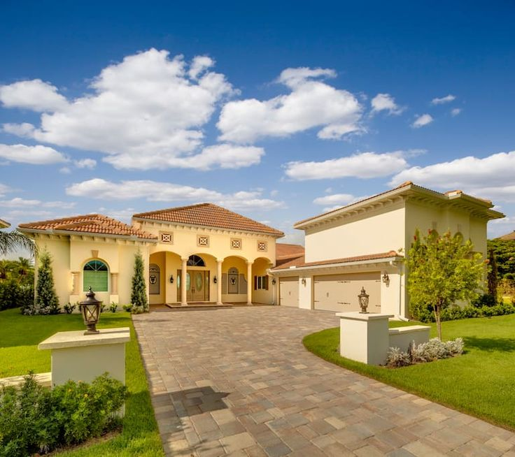 LUXURIOUS NEW WATERFRONT VILLA IN SARASOTA! - Houses for Rent in Sarasota, Florida, United States