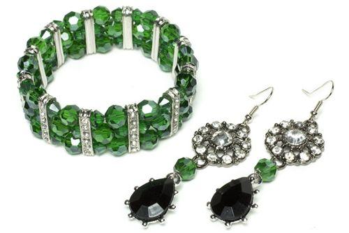 latest handbag  Aya Hisham on DIY Jewelry