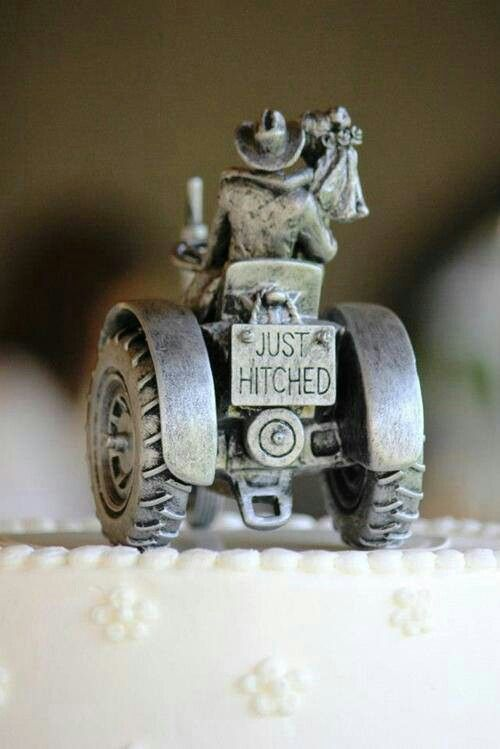 Just Hitched! Wedding cake topper (: