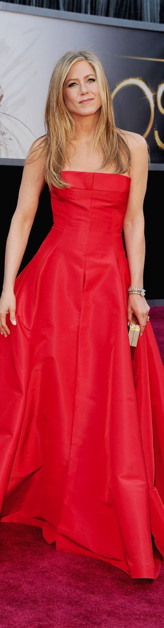 Jennifer Aniston 2013 Oscar Red Carpet