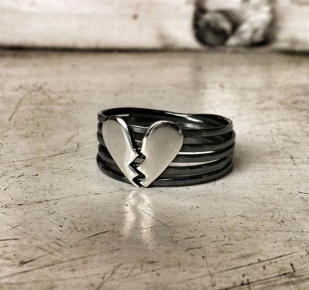 Złamane serce - Pierścionek ze srebra 925 - PANGOLD - Pierścionki srebrne