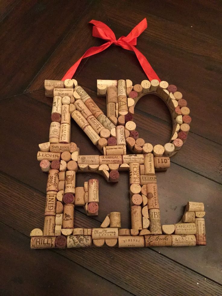 Wine Corks - Noel in Corks …