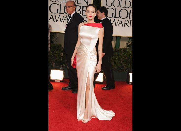 WOW! I loooooved this dress! She rocked it.