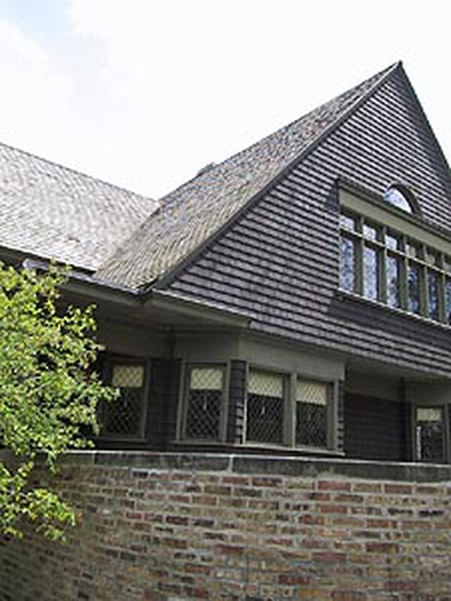 About Shingle Style Architecture: Frank Lloyd Wright and Shingle Architecture