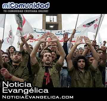 Cristianos libaneses toman las armas para combatir al Estado Islámico
