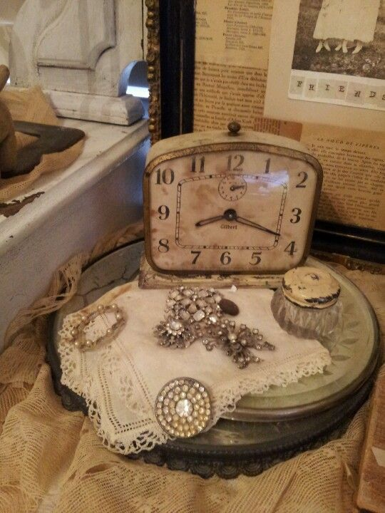 love vintage tray displays and vignettes!