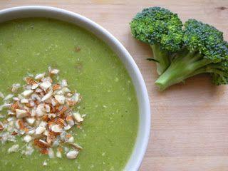 anka-weganka: Zupa brokułowa z migdałami