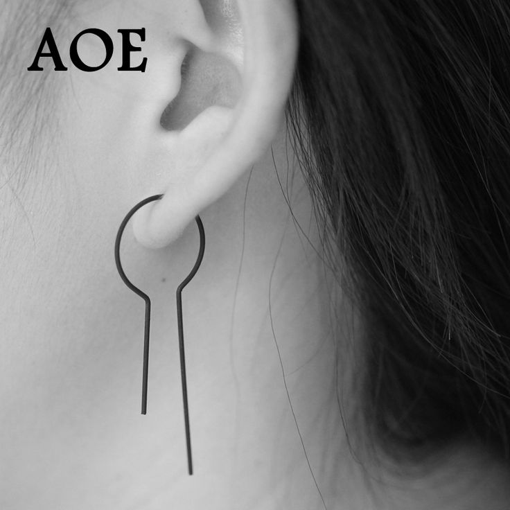 2017 Design Fashion Summer Style Punk Rock Black Stud Earrings For Women Gold Color Simple Earrings Jewelry Girl Gift