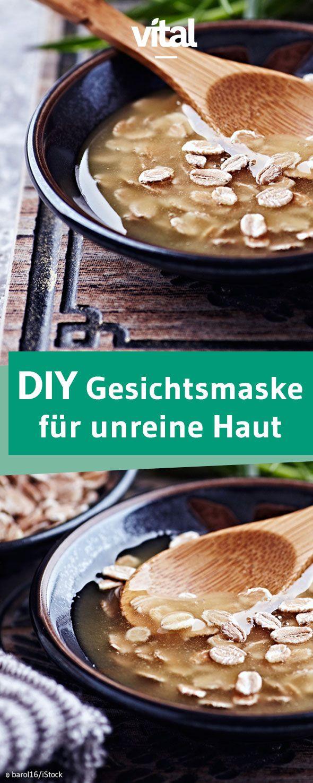Anti-Pickel Maske selber machen: Mit dieser Gesichtsmaske aus Hafer und Honig könnt ihr Unreinheiten gezielt bekämpfen!