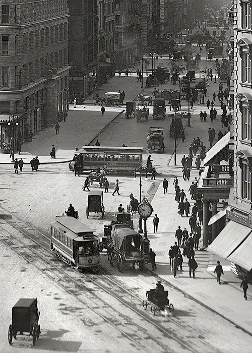 New York, circa 1903.