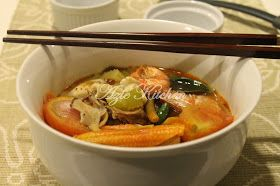 Azie Kitchen: Tom Yam Thai Yang Sedap