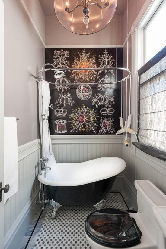 Clever Tiny Bathroom Ideas To Help You Maximize The Narrowed Space:  Artistic Black Board In The Small Bathroom With White Tub Unique Lamp Gr.