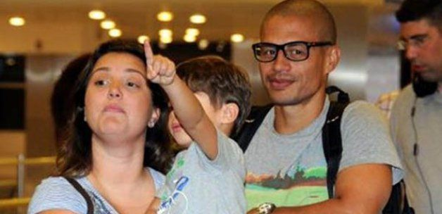 Alex Röportajı; #Alex #AlexDeSouza #fenerbahçe   http://www.tivihaberleri.com/2014/07/21/en-cok-ezan-sesini-ozledim/