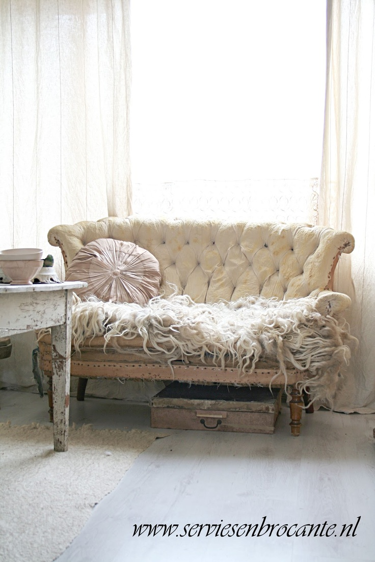 159 best french country shabby chic cottage style sofas images on pinterest armchairs. Black Bedroom Furniture Sets. Home Design Ideas
