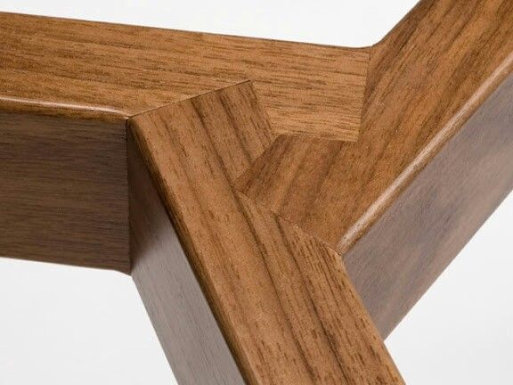 Tri wood joint (wardle table)