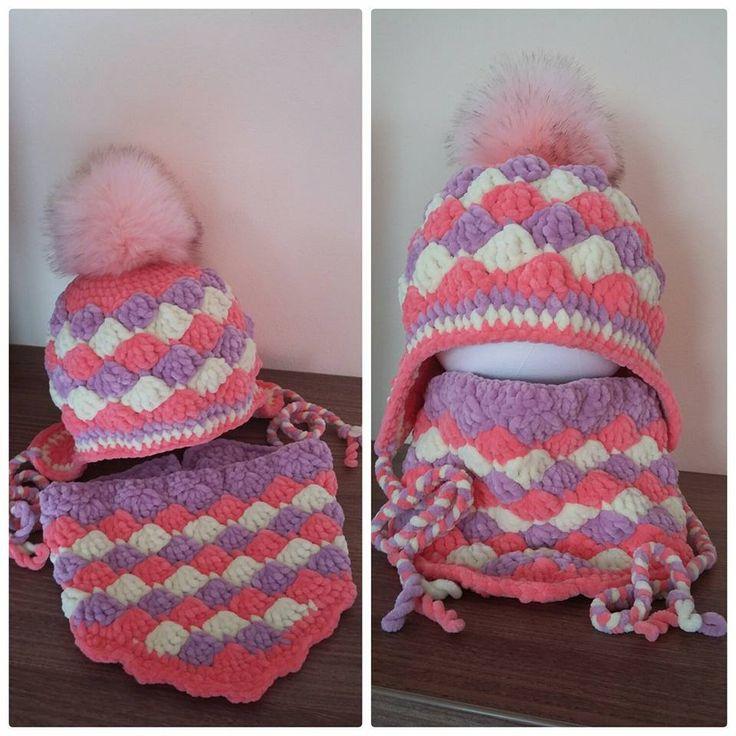 Háčkovaná zimní čepice a nákčník Vějířkový vzor