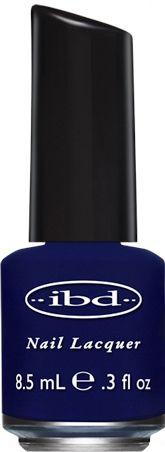 IBD NAIL LACQUER THE ABYSS - 8.5 mL    IBD Nail Lacquer Base Coat facilita la adesione dello smalto IBD e isola le unghie naturali dagli aloni di colore.