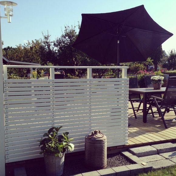 staket,vindskydd,smala ribbor,terrass,trädäck