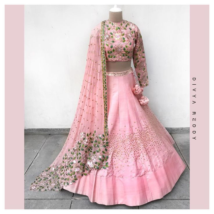 MOOD: pink pink and more pink!!! Crushing over this all blush pink outfit whilst it sets out a perfect mehendi mood. Stunning blush pink color lehenga and designer crop top with net dupatta. Lehanag and blouse with floret lata design hand embroidery thread work. Rs68000.